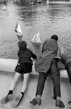 Jardin du Luxembourg 1963   Photo: Alfred Eisenstaedt