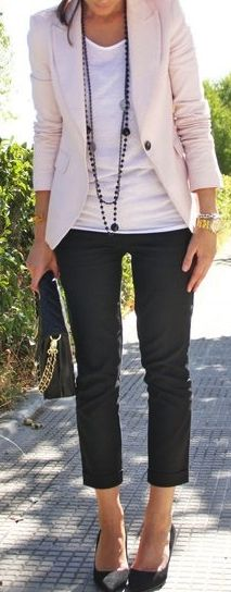 Blazer, cropped skinnies & long necklace = perfect dressy casual look for mommy to throw on for dinners out, events etc.