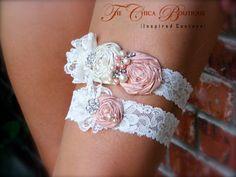 wedding garters, idea, pearls, vintage bridal, pink