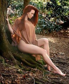 Redheaded Beauty to the Max!