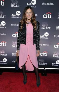 #SarahJessicaParker attends the New York series premiere of 'city.ballet.' at #TribecaCinemas on November 4, 2013 in New York http://celebhotspots.com/hotspot/?hotspotid=5526&next=1
