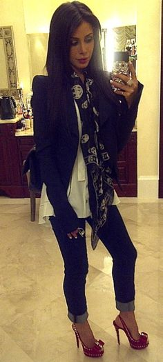 Skull scarf+shoes<3