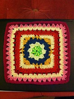"Day 30: 12"" Block of the Day - Winter Dream 12 Inch Square by April Moreland  Free Pattern: http://www.ravelry.com/patterns/library/winter-dream-12-inch-square  #TheCrochetLounge #12inch #grannysquare Pick #crochet"