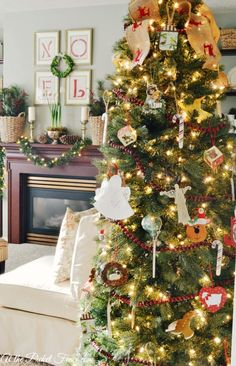 Pretty family room Christmas tree @A T The Picket Fence {Christmas Home Tour 2013}