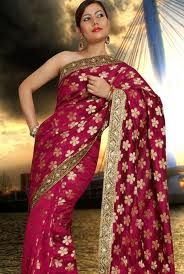 Wedding designer saree is the most important day in the life of any woman; therefore, the wedding garment should ideally accentuate the woman's beauty, for she needs to be the cynosure of all eyes on D-day. blouses, chanderi sare, design sare, designer sarees, brocad blous, banarasi chanderi, sari, beauti thing, sare colour