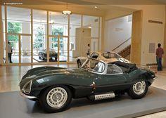 23 pics retro legend jaguar xkss