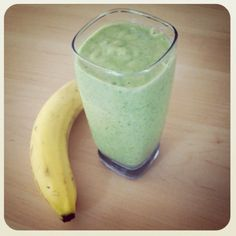 Breakfast Green #Smoothie: 1 banana, 1/2 cup frozen mango, 1/2 cup greek yogurt, 1/2 cup vanilla almond milk, 1 cup spinach, 1 tbsp honey