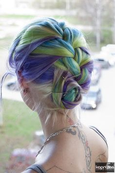 Dyed Hair and Good Hair Style