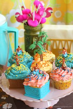 Luau Themed Cupcakes!