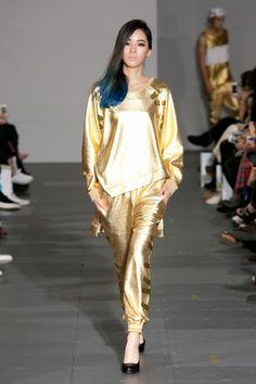 Kye SS14 Collection. The gold is something else #gold #kye #springsummer14 #fashion #koreanfashion