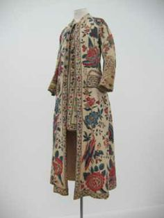 dress gown, 1700