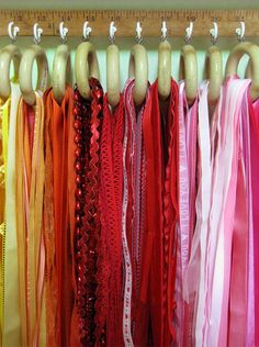 Great idea for organizing ribbons!