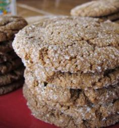 Is it too early for Gingerbread Cookies? Nah, love the super gingery crunchiness! #gingerbreadcookies #gingercookies