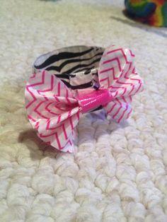 Really cute duck tape bracelet I made
