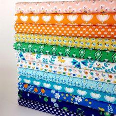 Rae Hoekstra, Lotus Pond, organic.          #birchfabrics#fabricworm