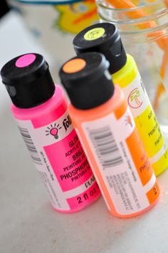 This is what i used for my glow in the dark/neon party! WORKS GREAT!