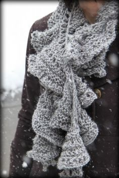 Knitted Ruffle Scarf Pattern Plus 6 More Trendy Scarf Patterns to Knit on MomAdvice.com.