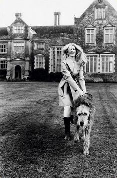 Can I just be her? With her clothes, hair, castle and dog...I'd be content.