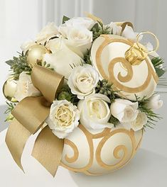 White and gold floral arrangement idea for 50th Anniversary