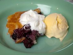 The Pioneer Woman's Blackberry Cobbler: Like taking little bites of Summer!