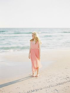 The perfect dress for a beach e-sesh: http://www.stylemepretty.com/2014/10/06/sunny-engagement-session-in-alys-beach/ | Photography: Lauren Kinsey - http://laurenkinsey.com/