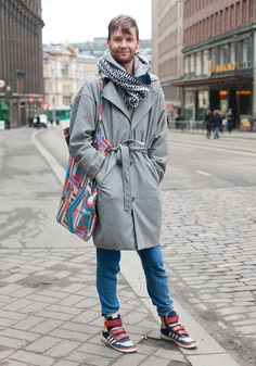 Scandinavians have great scarves and great high tops. #fashion