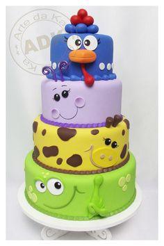 Arte da Ka - Layered cake with animals..... so cute!