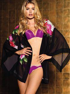 Doutzen Kroes – Victoria's Secret Lingerie Photoshoot