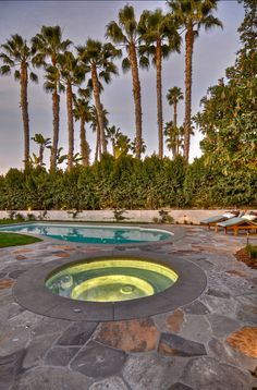 Lovely pool/spa combo