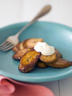 Tico Food: Platanos maduros (Costa Rican fried ripe plantains)...oh I miss Costa Rica...