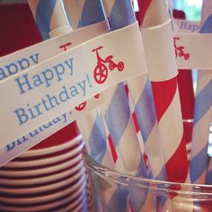 birthday parti, toddler photos, instagram, bees, happy birthdays, holiday parti, straw, happi birthday, parti idea