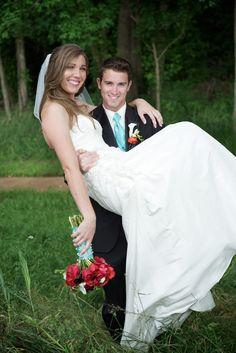 www.accidentalokie.com | DIY Wedding Flowers