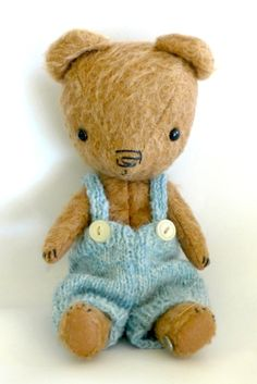 Bertie. 8-1/2 inches by teddybearswednesday