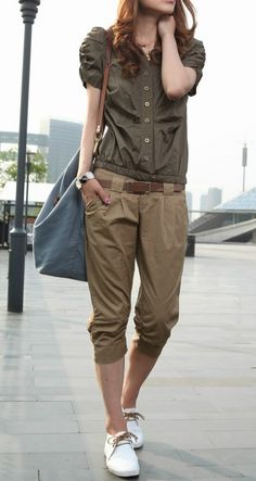 Cropped trousers.