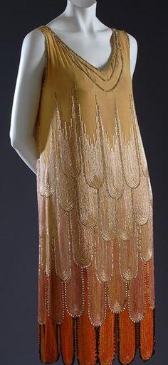 1920's Beautiful Flapper dress