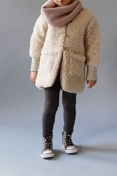 girl style, kids fashion, leggins, scarf