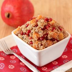 Butternut Squash & Pomegranate Quinoa |cupcakesandkalechips.com | #glutenfree #vegetarian #vegan