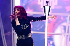 Florence And The Machine pull out of Benicassim 2012 due to Florence been struck down with 'acute vocal strain'.