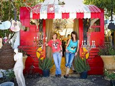 Gypsies in Texas - Travel With the Junk Gypsies to Flea Markets on HGTV