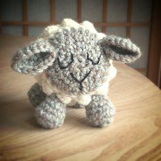 Friday Sheep ~ free pattern