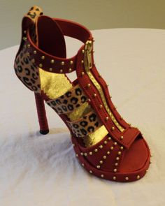 How to create this stiletto shoe