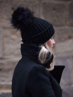 pom pom hat #winter