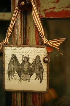 "Bat ""Halloween"" Home Charm"