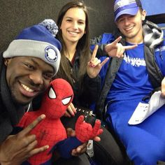 Join @ubcheer and @ubbullsfootball by getting your #HornsUp! Even Spider-Man's doing it. #BowlingBulls #uBuffalo Join us at: http://www.buffalo.edu/goubbulls.html