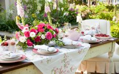 Paula's Perfect Mother's Day Table
