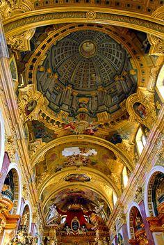 Andrea Pozzo's fresco with trompe l'œil dome painted on low vaulting, Jesuit Church, Vienna, Austria
