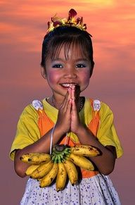 This sweet Thai girl features in this weeks #TravelPinspiration: Top 5 photos of people around the world. See more at link: http://www.ytravelblog.com/travel-pinspiration-top-5-photos-of-people-around-the-world-on-pinterest/ #Travel