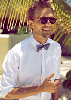 A BowTie & Some Shades. A great look. #Mens #Fashion #Menswear