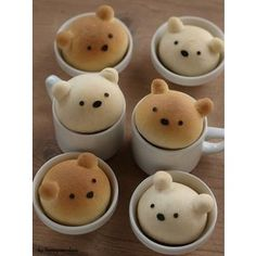 These cute teddy bears are great for hot chocolate!