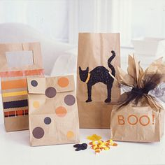 Get the kids involved by decorating treat bags for next week's #Halloween school party or to hand out to trick-or-treaters. Via @ALL YOU Magazine